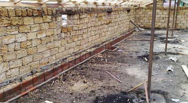 Строительство утеплённого свинарника