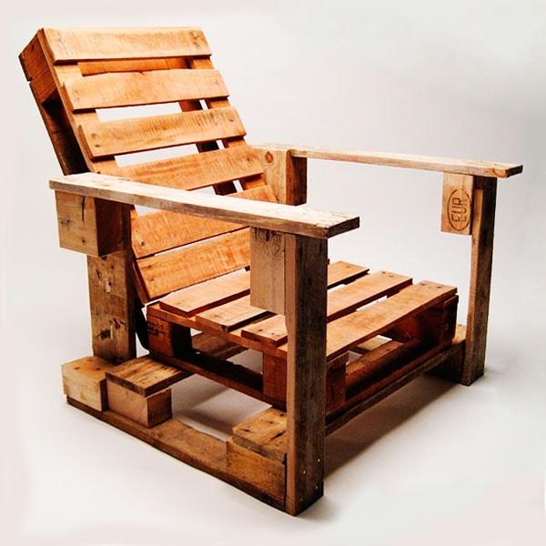 кресло из поддонов фото