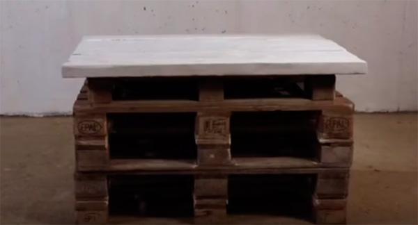стол из поддонов своими