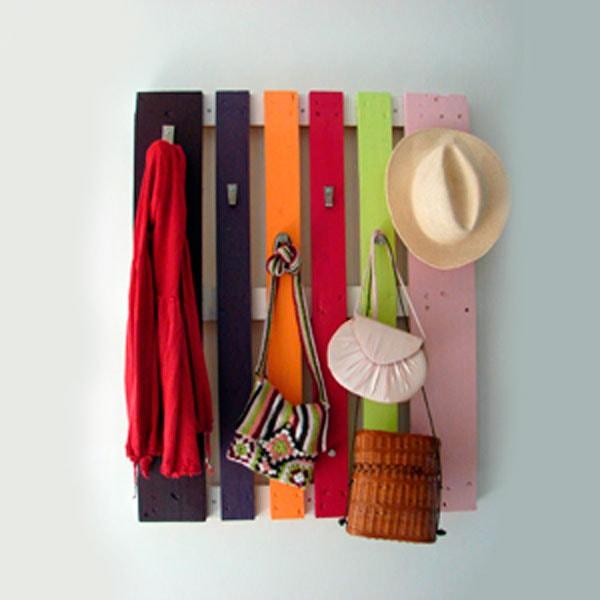 вешалка для одежды из поддона