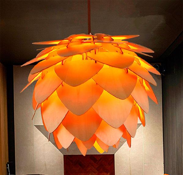 оригинальный светильник люстра из дерева