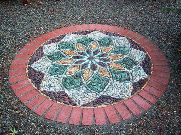 мозаика из гальки фото