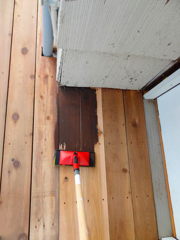 покраска деревянной террасы