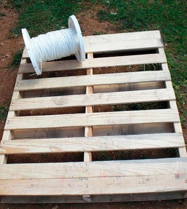 кресло гамак из поддона