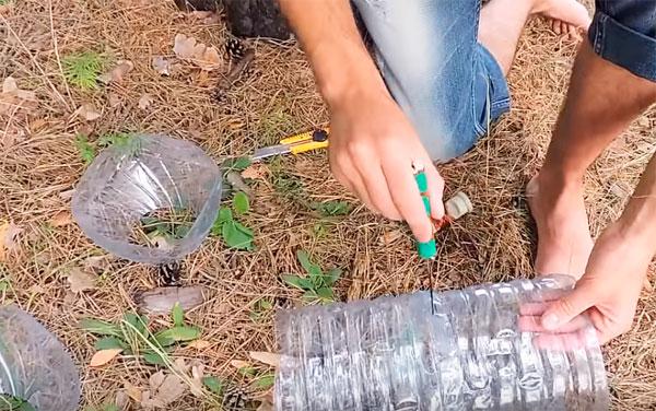 как сделать раколовку из бутылок