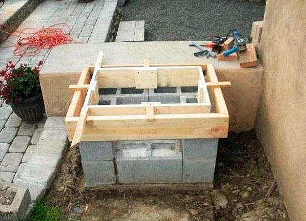 строительство мангала из шлакоблоков