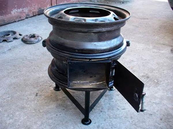 Печь буржуйка из колесных дисков