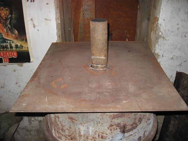 печь на дровах и опилках