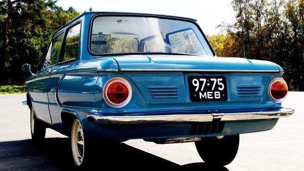 обновлённый ретро автомобиль заз 966