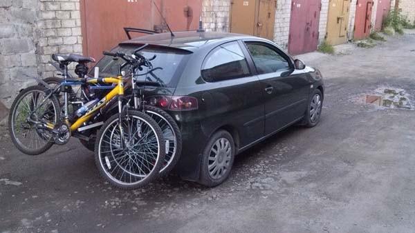 самодельное устройство для перевозки велосипедов