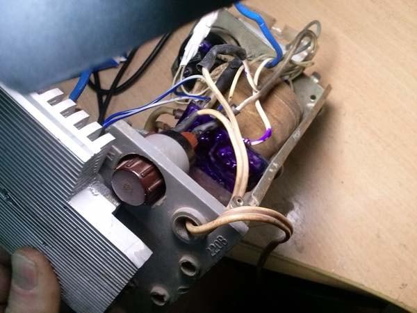 зарядное для автомобильного аккумулятора схема фото
