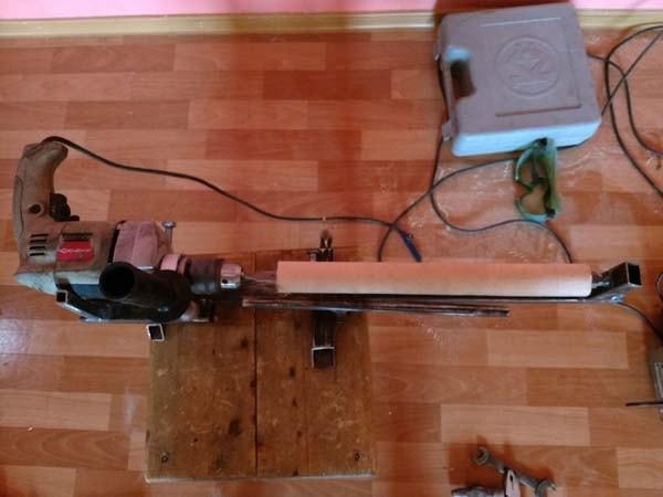 токарный станок из дрели