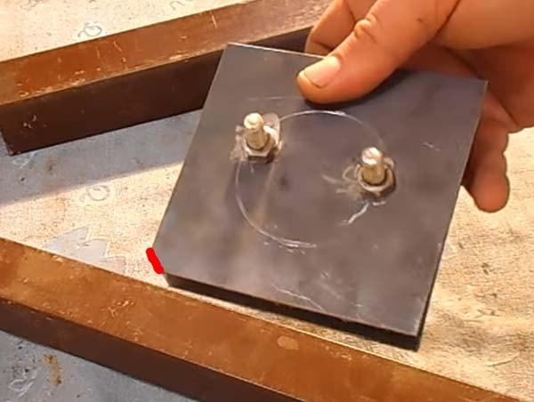 Магнитный угольник для сварки