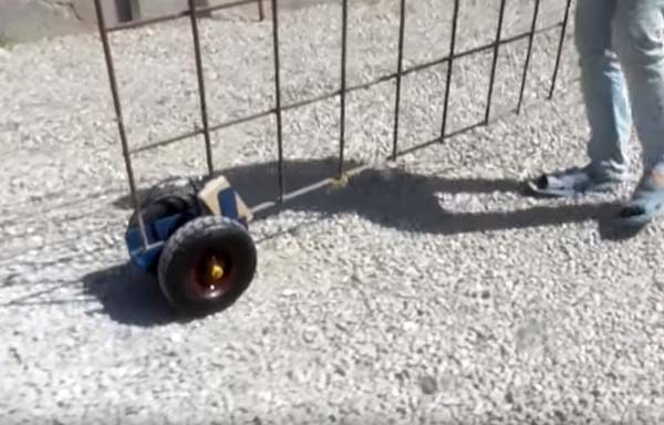самоделка из колёс от садовой тачки