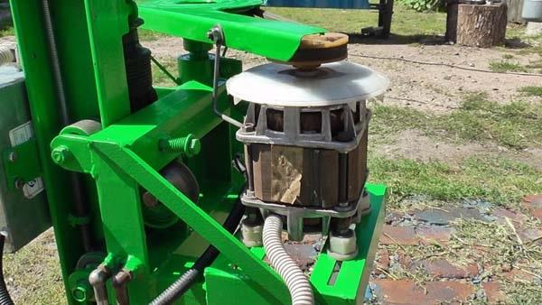Сверлильный станок с двигателем стиральной машины