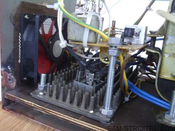 Зарядное устройство автомобильного аккумулятора своими руками