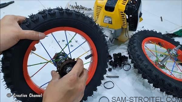 как сделать машинку с двигателем от триммера