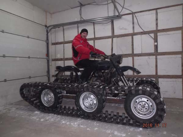 гусеничный мотоцикл
