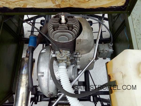 мини автомобиль с двигателем от мотороллера